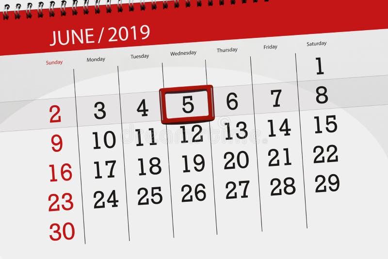 Planificateur de calendrier pour mois en juin 2019, jour de date-butoir, mercredi 5 photo stock