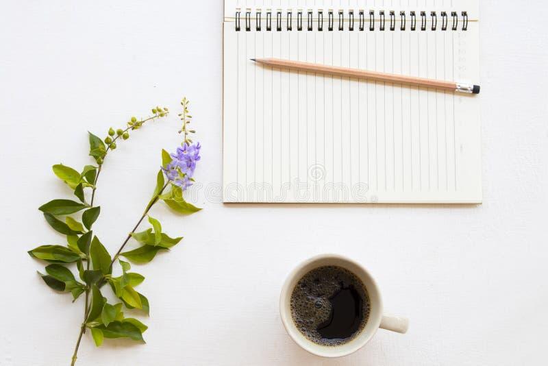 Planificateur de carnet pour le travail et le café d'affaires image libre de droits