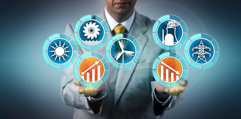Planificateur de développement durable montrant la génération battante de vent, solaire et hydraulique d'énergie nucléaire Concep image libre de droits