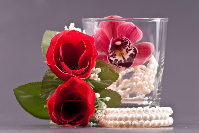 Planification d'une soirée romantique photos stock