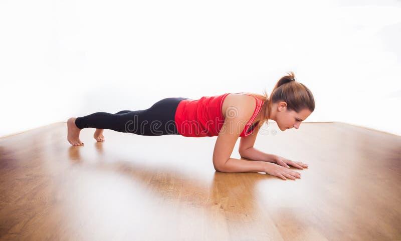 Plankenübung stockbilder
