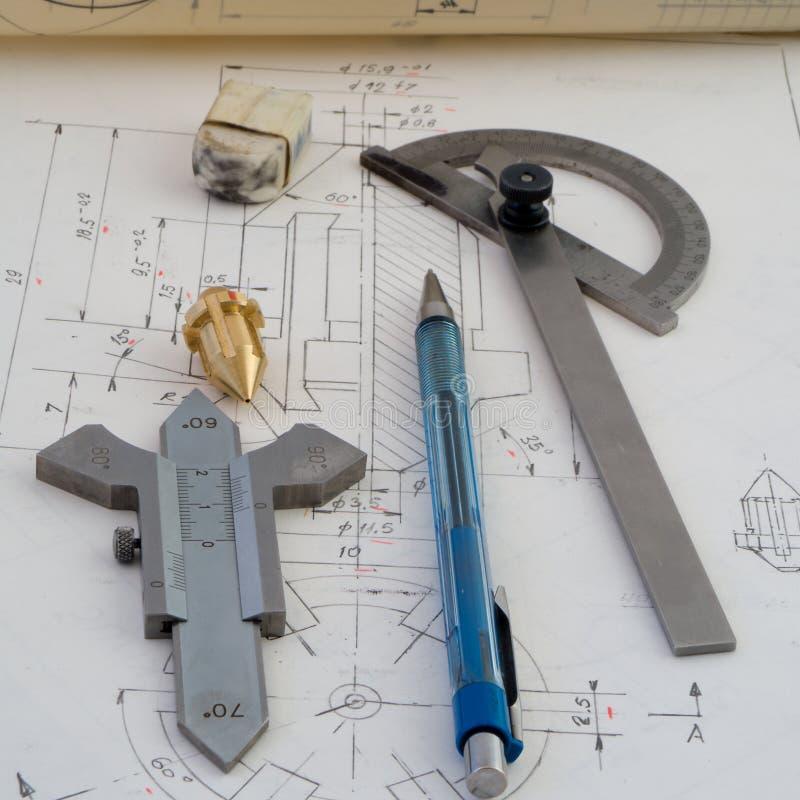 Planlägga mekaniska delar royaltyfri foto