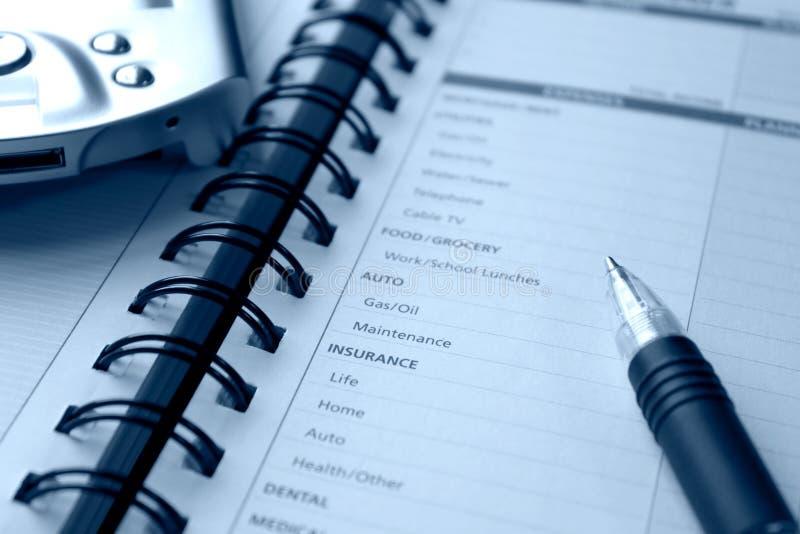 Plannende persoonlijke uitgaven stock afbeeldingen