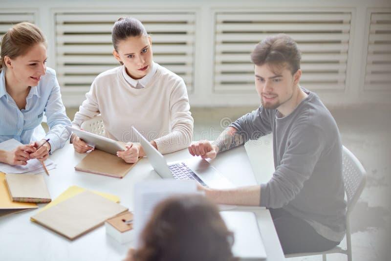 Planning op commerciële vergadering royalty-vrije stock afbeelding