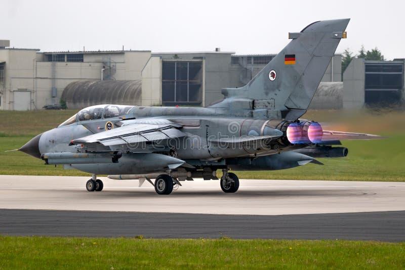 Plano de jato alemão do bombardeiro de lutador do furacão de Panavia da força aérea foto de stock royalty free