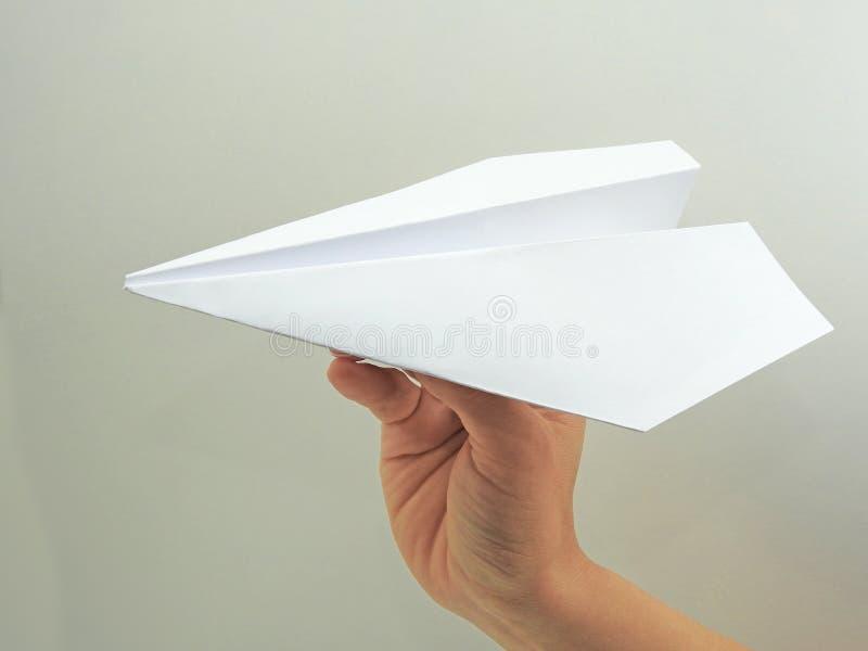 Plano de papel na mão da mulher imagens de stock royalty free
