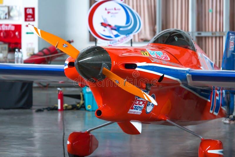 Plano do ` s de Ryszard Zadow nenhum 15 aviões do ` de Lap Player do ` últimos modelam Cassutt III-M no campeonato do mundo Tailâ foto de stock