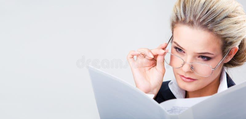 Plano empresarial da leitura imagens de stock