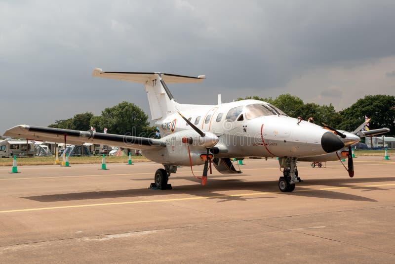 Plano francês da turboélice de Embraer EMB 121 Xingu da marinha imagens de stock royalty free
