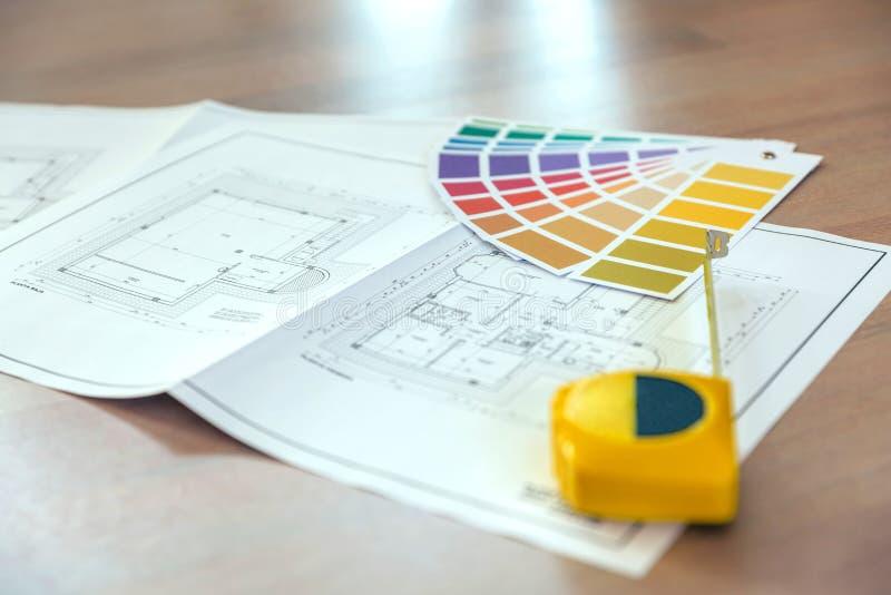 Plano, paleta de cores e medidor foto de stock