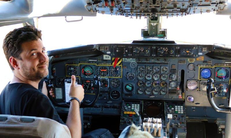 Plano presidencial de Boeing 707 da cabina do piloto de Argentina imagens de stock