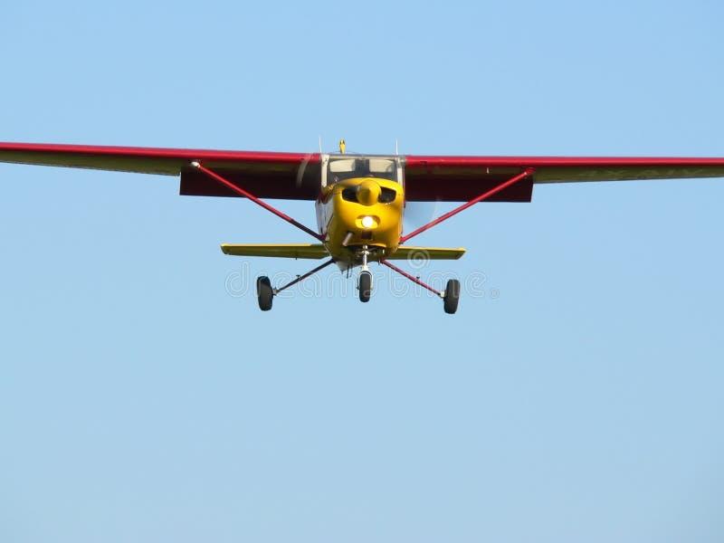 Download Plano vermelho imagem de stock. Imagem de plano, vôo, mosca - 103183