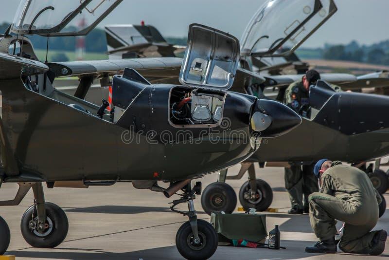 Planos de manutenção da força aérea dinamarquesa foto de stock royalty free