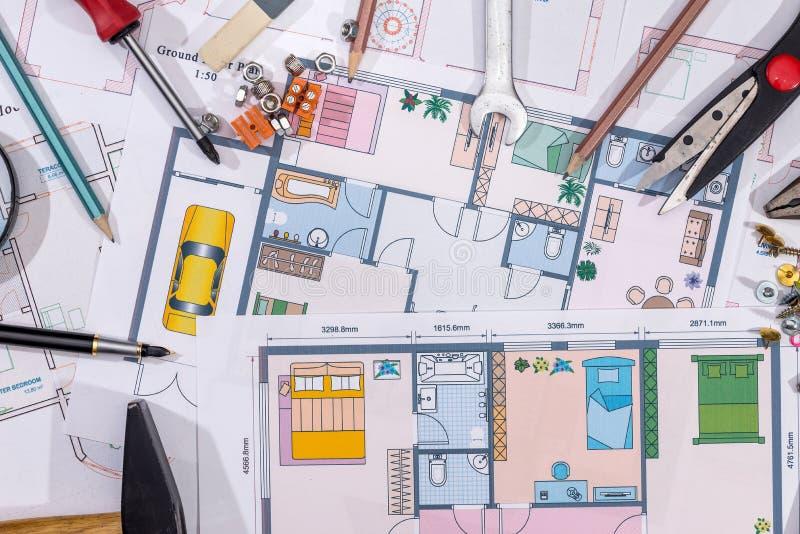 Planos home da construção com ferramentas de desenho Macro fotos de stock