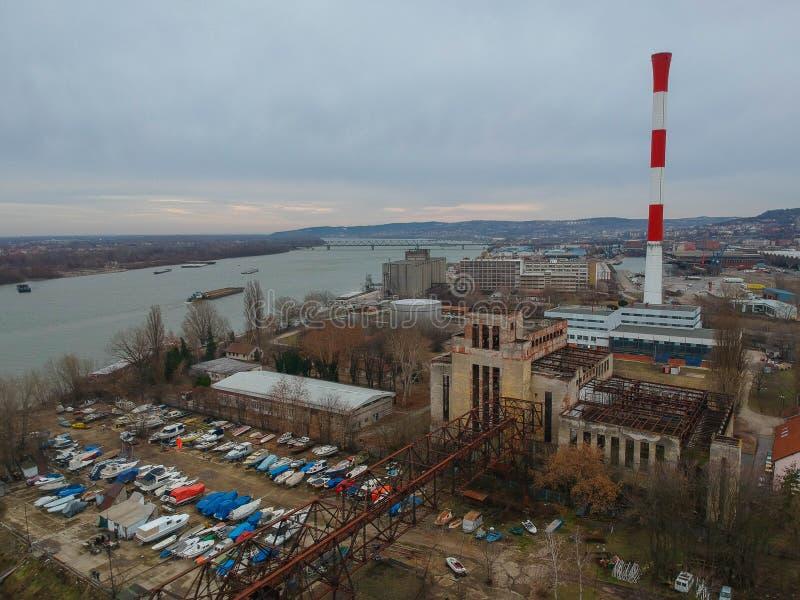 Planta de aquecimento abandonada em Belgrado imagens de stock royalty free