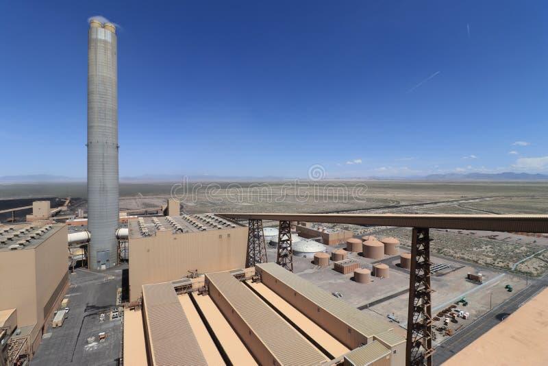 Planta encendida de Electric Power del carbón grande imagenes de archivo