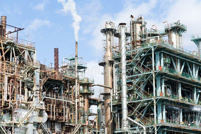 Planta industrial de refinaria de petróleo e gás imagens de stock