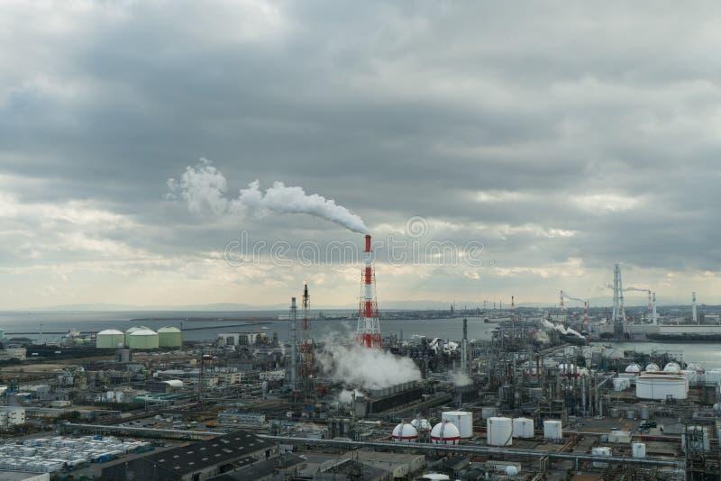 Planta industrial petroquímica en zona de la industria imágenes de archivo libres de regalías