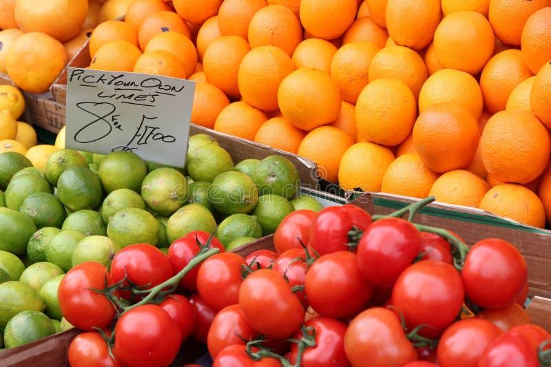Download Plantaardige markt stock foto. Afbeelding bestaande uit naughty - 39112532