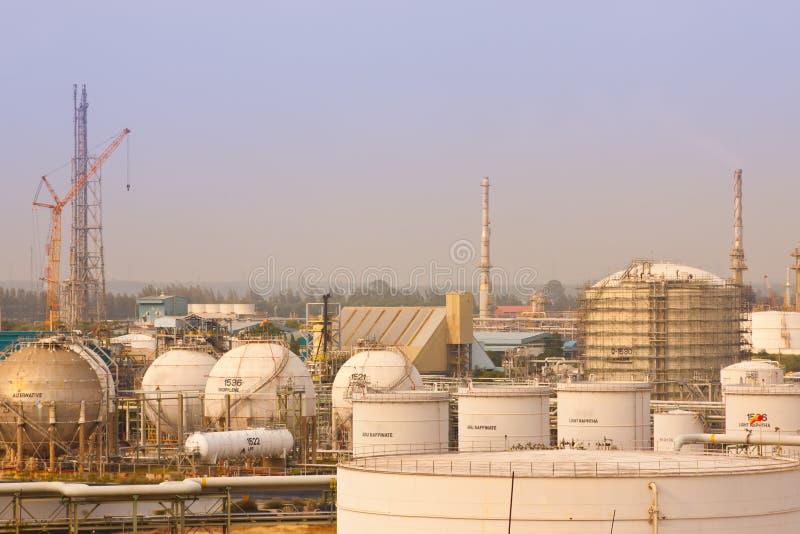 Plantas de refinerías del gas imagen de archivo