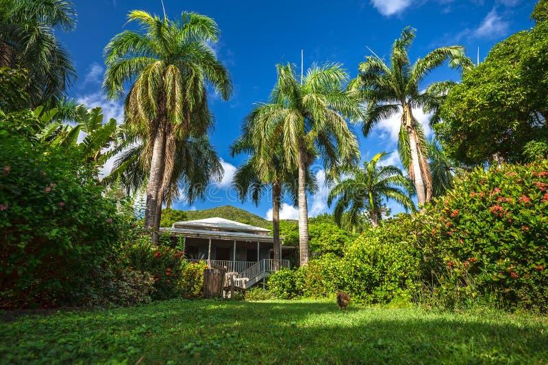 Plantershuis in botanische tuin Wegstad, Tortola stock foto