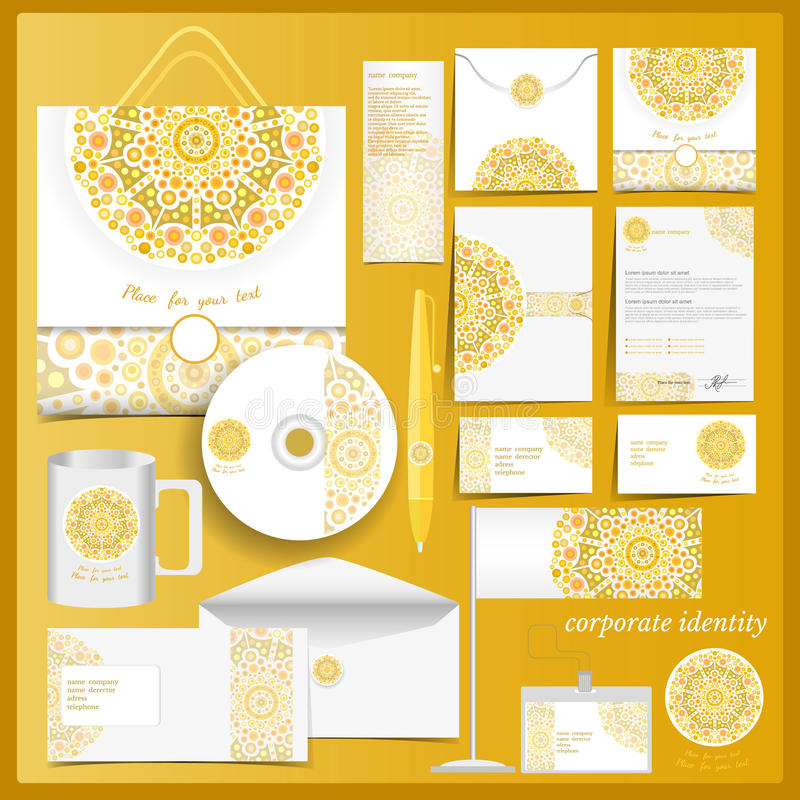 Plantilla blanca de la identidad corporativa con los elementos del mosaico amarillo stock de ilustración