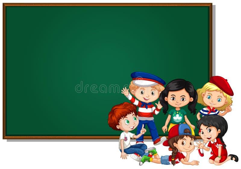 Plantilla en blanco de la muestra con los niños y el tablero verde ilustración del vector