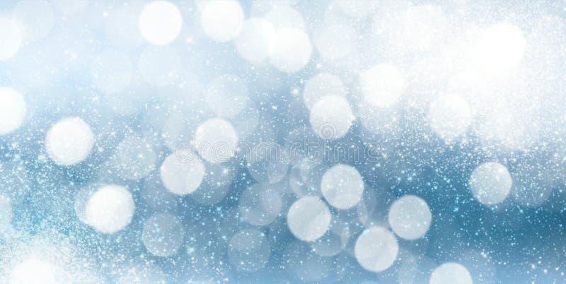 Plantilla horizontal azul brillante del fondo de las vacaciones de invierno de Bokeh ilustración del vector