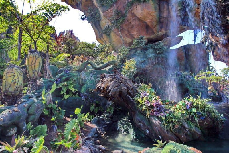 Plantlife y cascadas extranjeros en Pandora fotografía de archivo