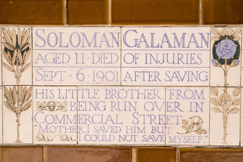Plaque au mémorial au dévouement héroïque à Londres image stock