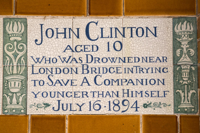 Plaque au mémorial au dévouement héroïque à Londres photo libre de droits