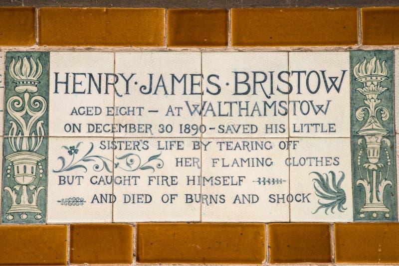 Plaque au mémorial au dévouement héroïque à Londres photo stock