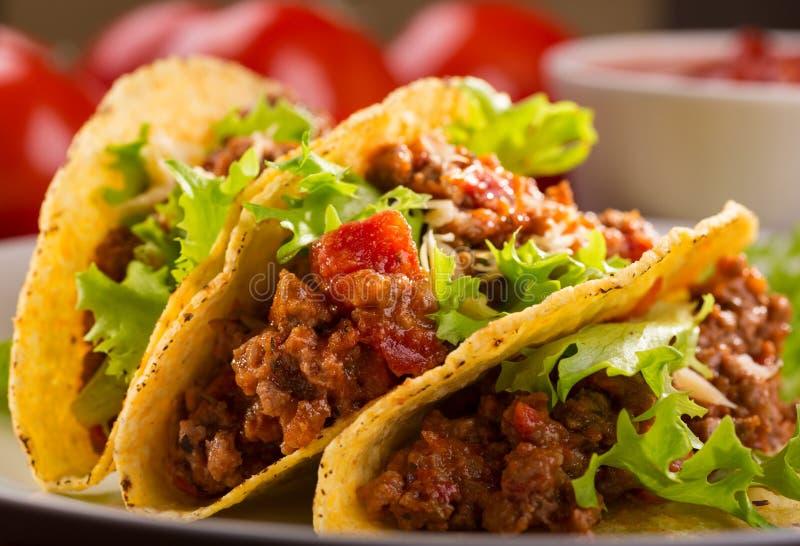 Plaque avec le taco image stock