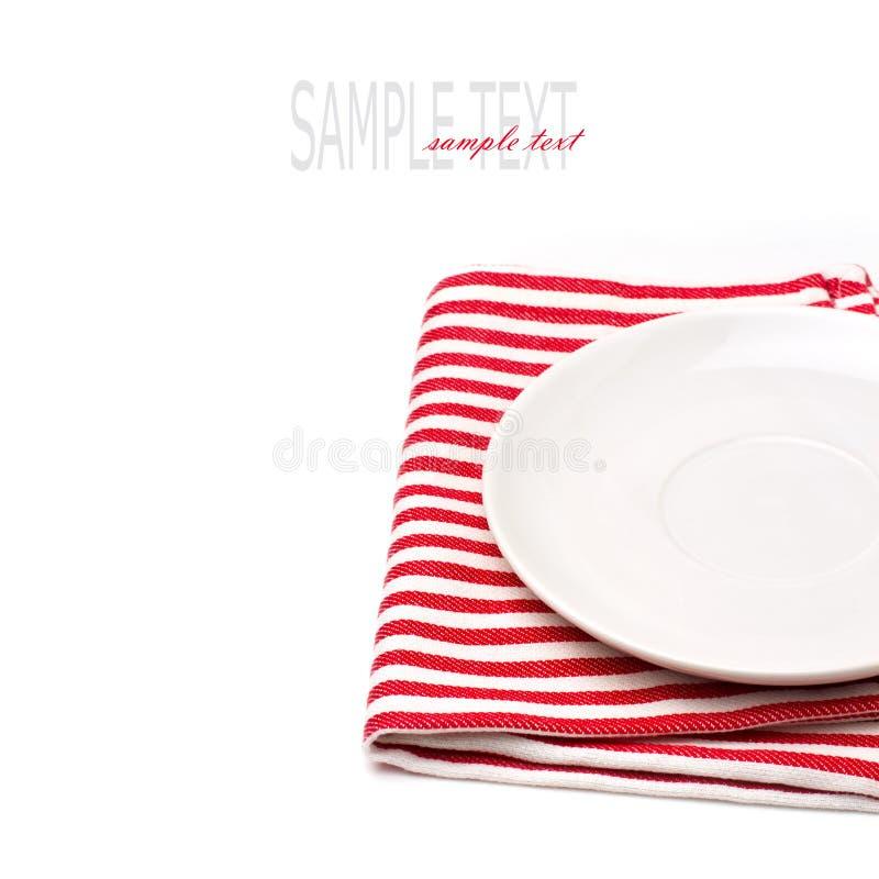 Plaque Blanche Vide Sur La Nappe Photo libre de droits