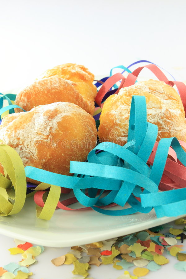 plaque de beignets de carnaval photos stock