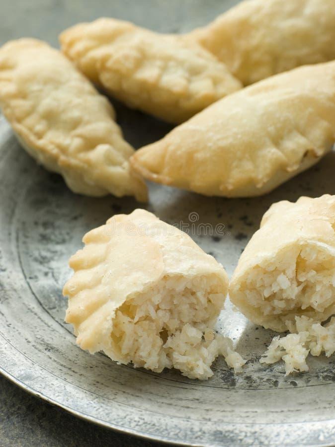 plaque de karanji de noix de coco image libre de droits
