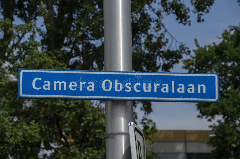 Plaque de rue d'Obscuralaan de caméra à Amstelveen les Pays-Bas 2019 photographie stock