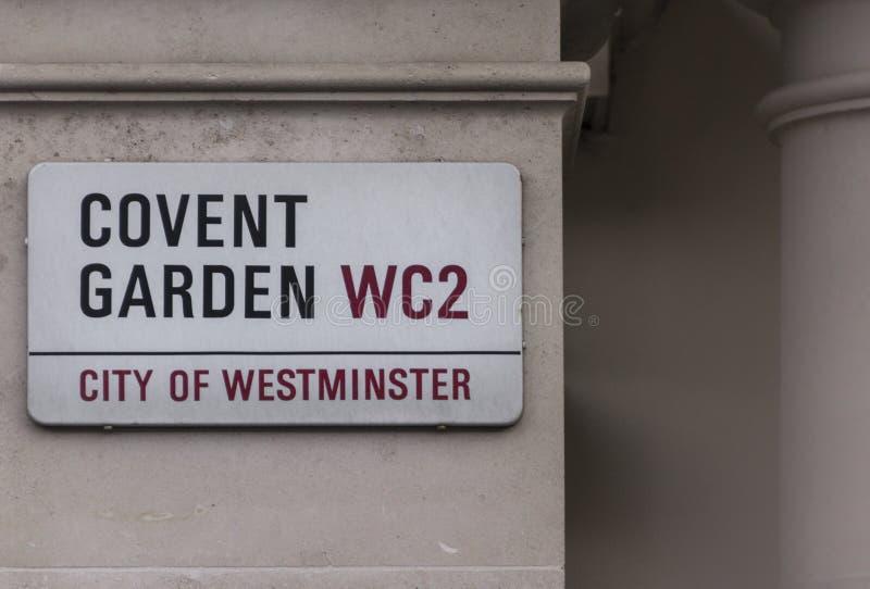 Plaque de rue indiquant au public ils sont dans le jardin de Covent photos stock