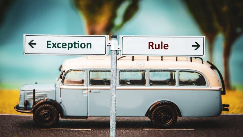 Plaque de rue ? l'exception contre la r?gle photo libre de droits