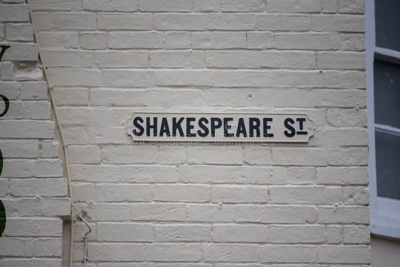 Plaque de rue mentionnant William Shakespeare image libre de droits