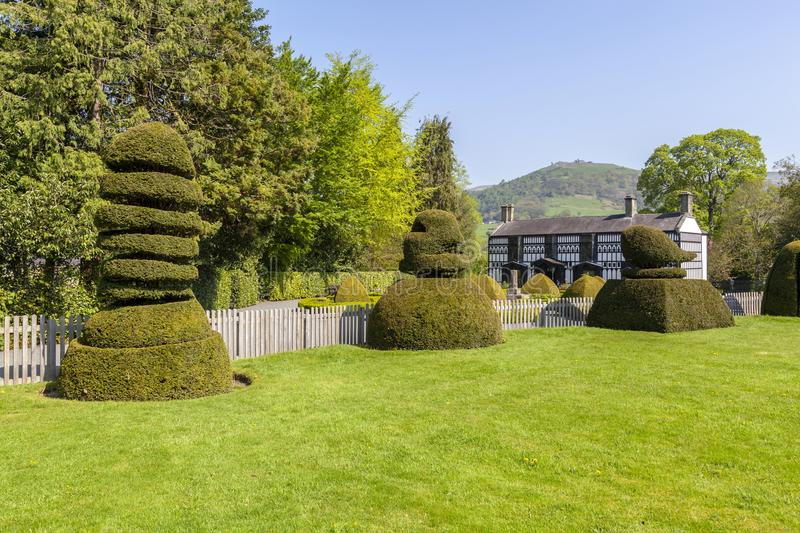 Plas Newydd, Llangollen. Plas Newydd House in Llangollen with a view of castell Dinas Bran in the background royalty free stock photo