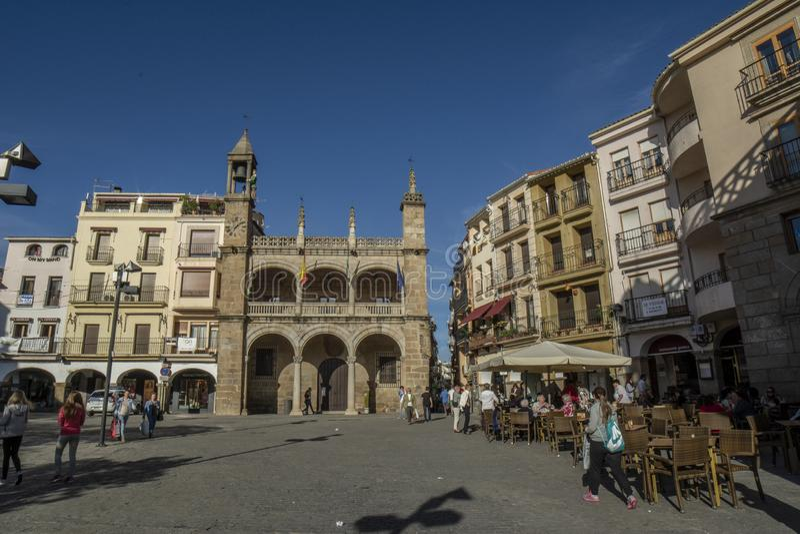 Plasencia κύρια πλατεία και Δημαρχείο, στην επαρχία Caceres, SP στοκ εικόνα με δικαίωμα ελεύθερης χρήσης