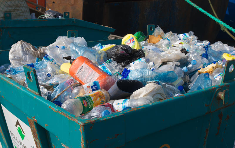 Plast-avfalls royaltyfri foto