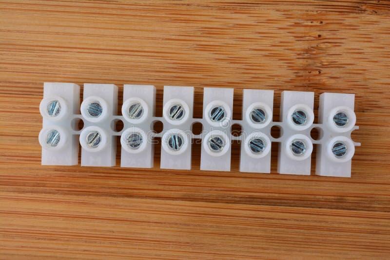 Plast- elektriska kontaktdon arkivbilder