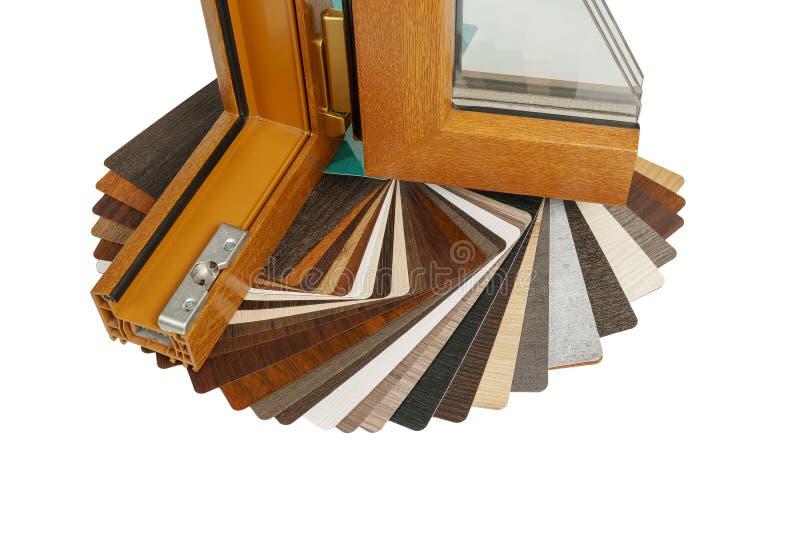 Plast- fönsterprofil Windows avsnitt med trefaldig fönsterrutor royaltyfri fotografi