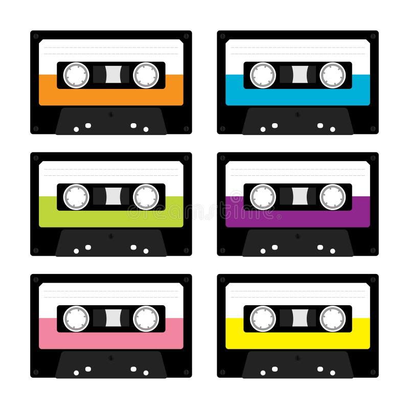 Plast- ljudbandkassett Retro musiksymbolsuppsättning Inspelningbeståndsdel 80-tal90-talår Olik färgmall Plan design vitt royaltyfri illustrationer