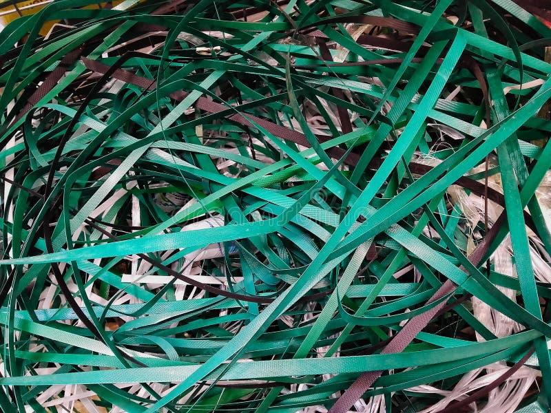 Plast- remmar för hängande lastaskar royaltyfria bilder
