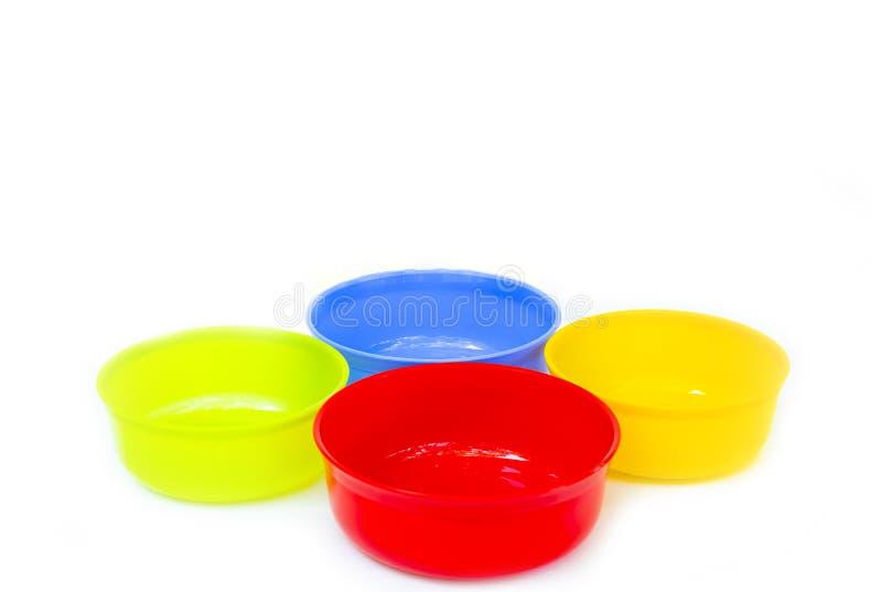 Plastic kleurrijke Waterkom royalty-vrije stock afbeelding