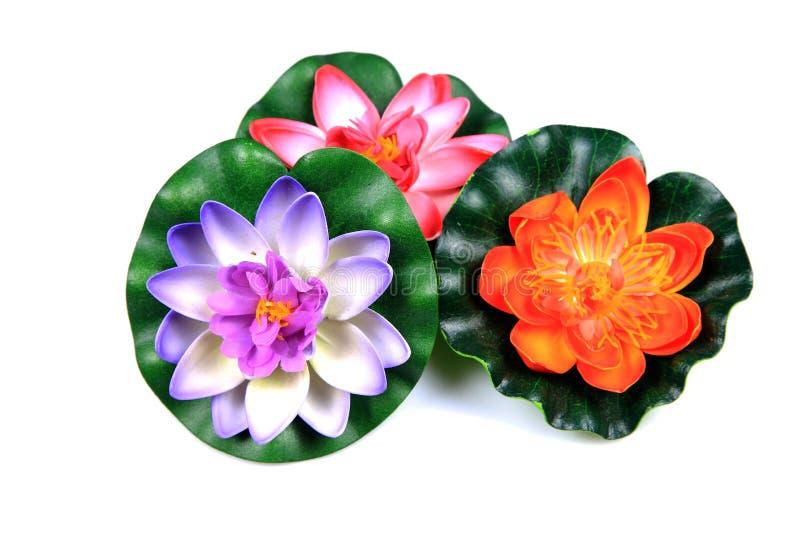 Plastic lotusbloembloemen royalty-vrije stock afbeeldingen