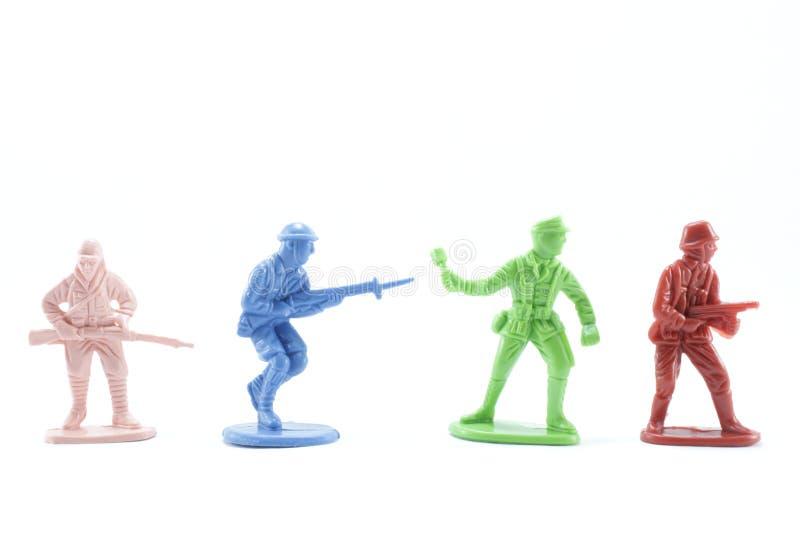 Plastic militairen en het plastic vechten royalty-vrije stock afbeeldingen